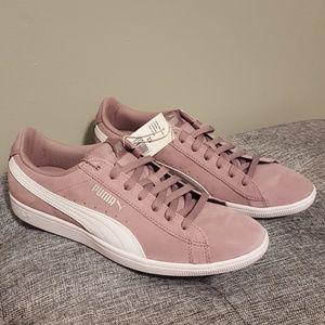 Puma Women's sneakers